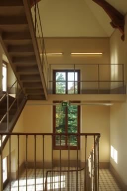 Escalier patrimonial (vue depuis le 2ème étage)